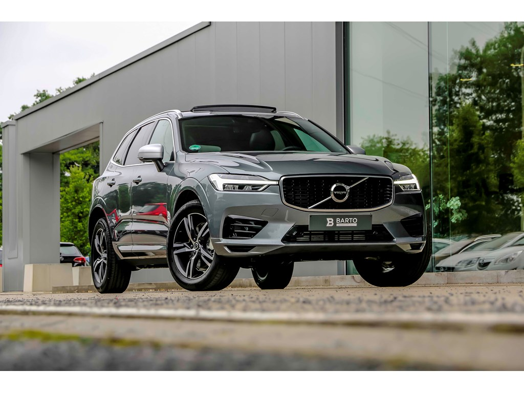 Tweedehands te koop: Volvo XC60 Grijs - T5 AWD - R design - Pano dak - Safety Pack Pro ACCBLIS - Demo wagen