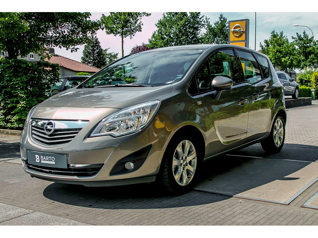 Tweedehands te koop: Opel Meriva Bruin - 14 Benz Turbo 120pk Enjoy - Airco - Parkeersens va - Bluetooth - 1 jaar volledige garantie -
