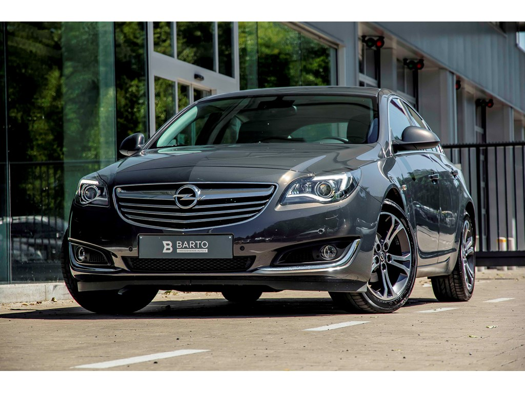 Opel-Insignia-Anthraciet-20d-140pk-Erg-Leder-Camera-Navi-Trekhaak-