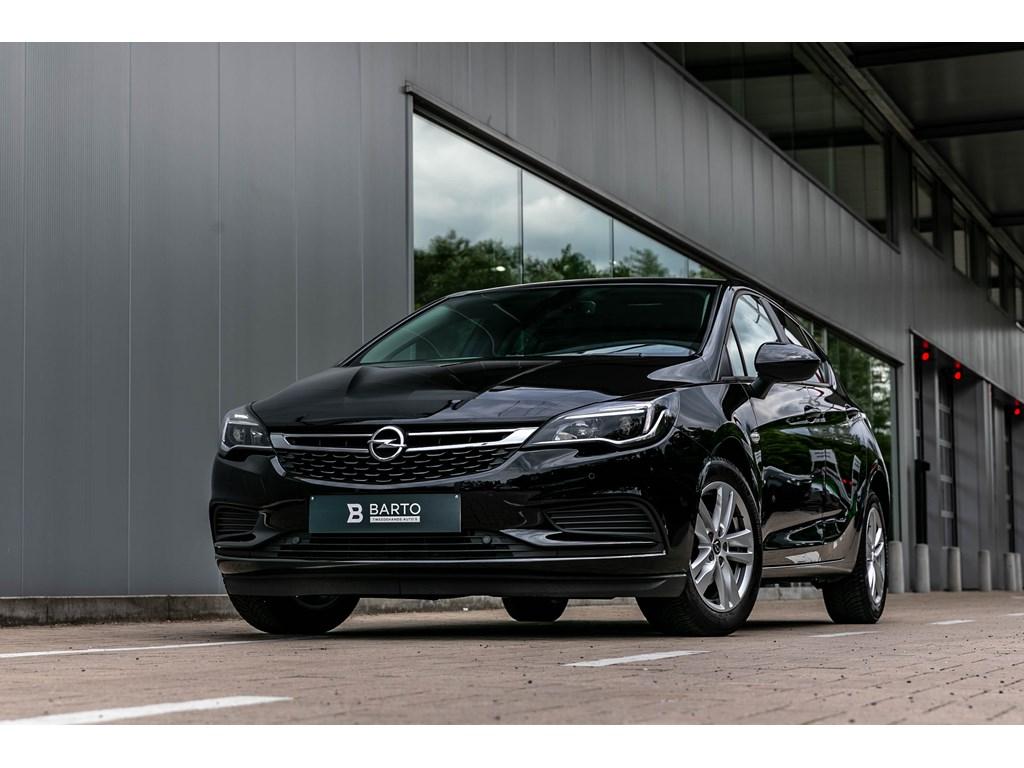 Tweedehands te koop: Opel Astra Zwart - benz 105pkAutomaatNavigatieParkeersens va