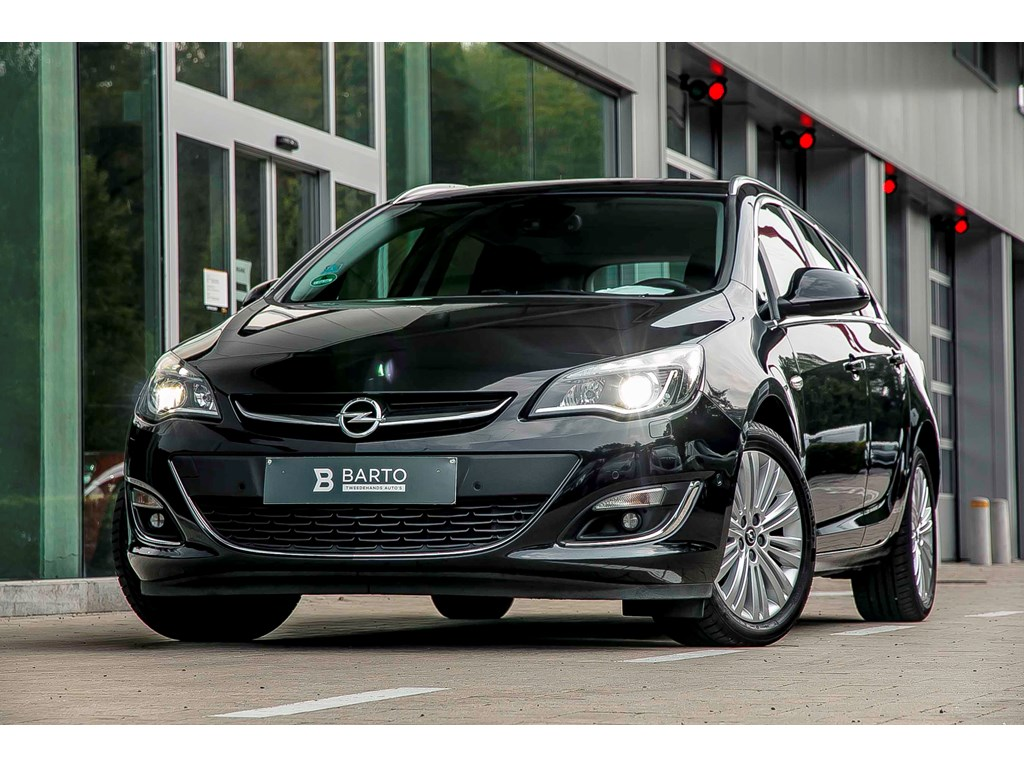 Opel-Astra-Zwart-14b-Turbo-120pk-Xenon-Leder-Navi-Dode-Hoeksens-