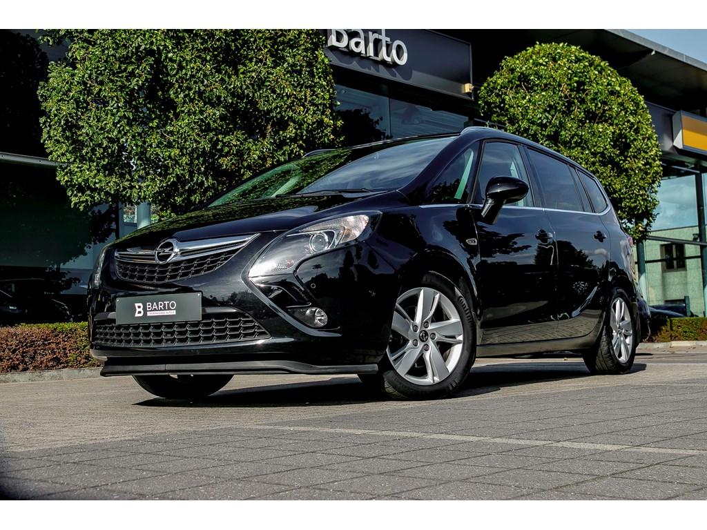 Tweedehands te koop: Opel Zafira Tourer Zwart - 16d 136pk - Navigatie - Leder - Trekhaak - Camera -
