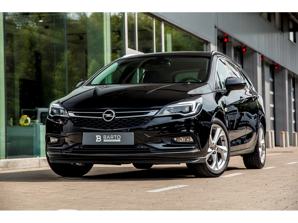 Tweedehands te koop: Opel Astra Zwart - 10b 105pk - Botswaarschuwing - Navigatie - Offlanebijsturing - Parkeersens va-