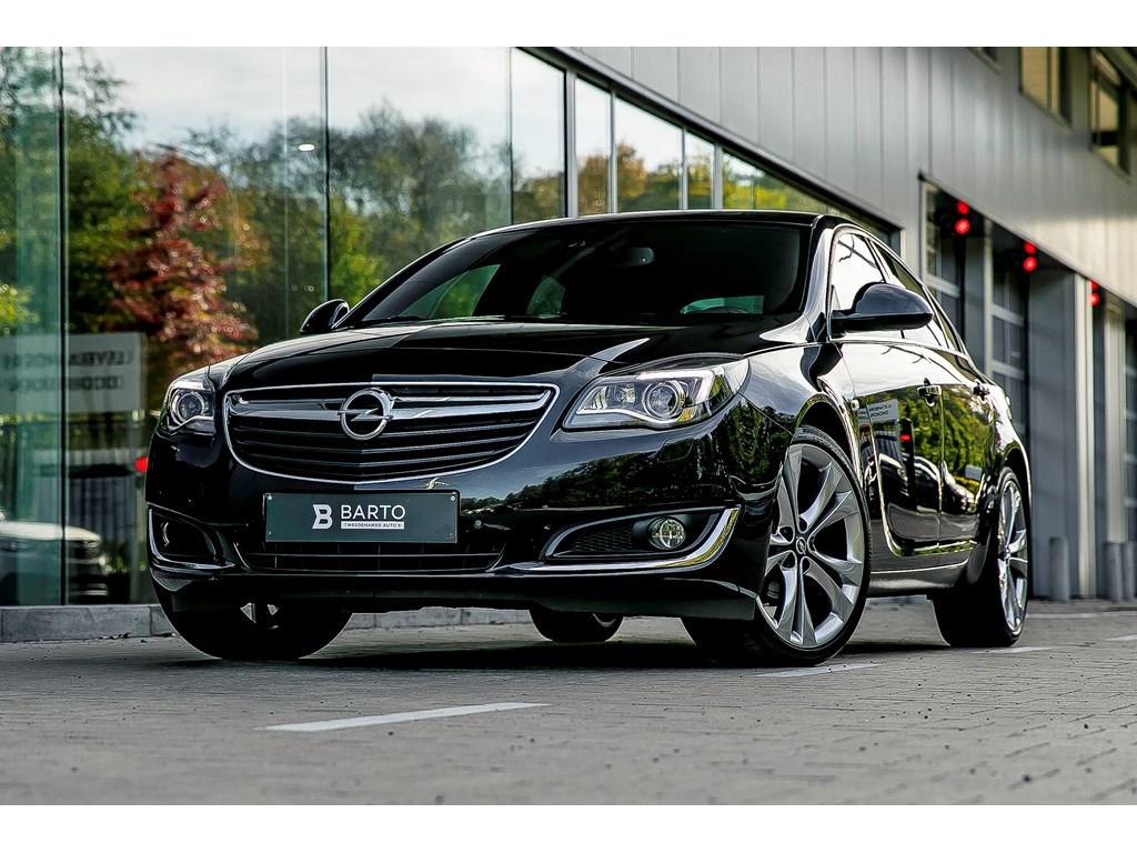 Tweedehands te koop: Opel Insignia Zwart - 16b Turbo 170pk - OPCline int - Xenon - Leder - Camera -