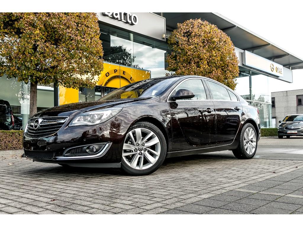 Tweedehands te koop: Opel Insignia Bruin - 5-Deurs Cosmo 16CDTi 136pk - Navi - Offlane detectie - Botswaars - Leder -