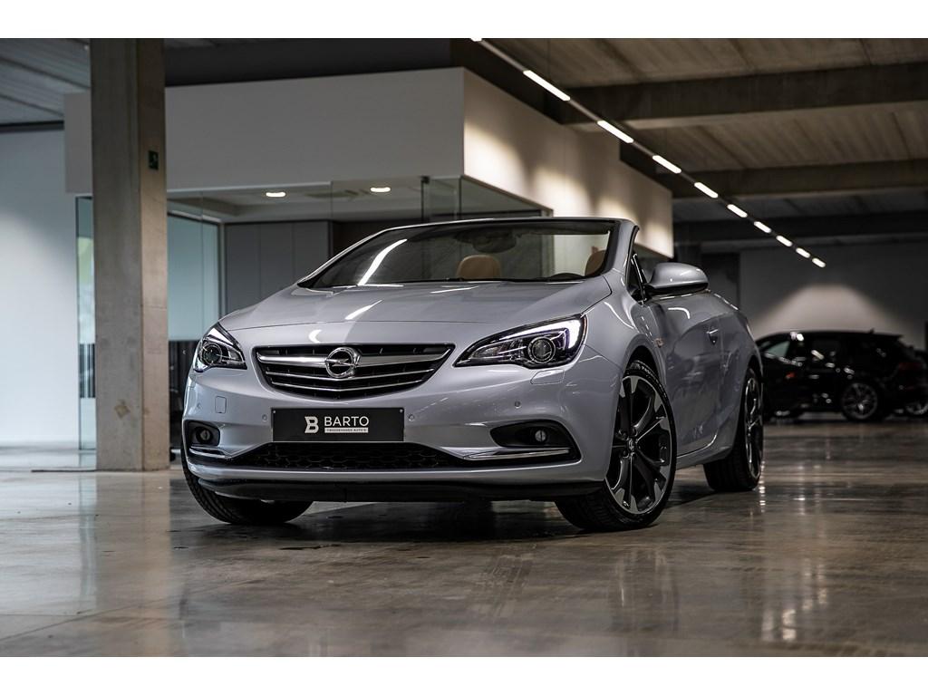 Tweedehands te koop: Opel Cascada Zilver - 16b 170pk - Automaat - Premium Leder - Xenon - 20 - Camera -