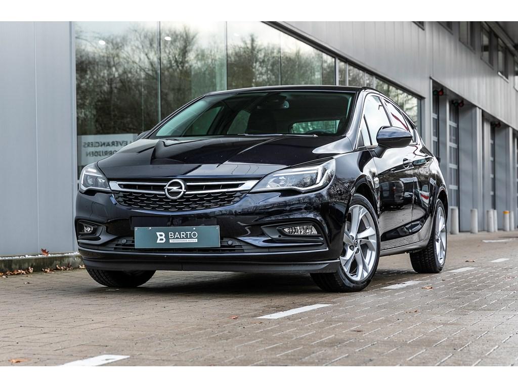Opel-Astra-Blauw-Benz-Autom-Innov-Offlane-Navigatie-Keyless-Parkeersens-va