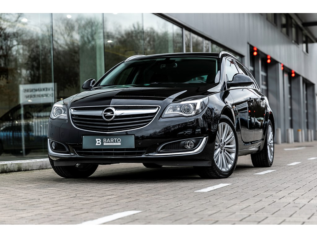 Tweedehands te koop: Opel Insignia Zwart - 16d 136pk - AUTOMAAT - Leder - Xenon - Navi - Parkeersens va