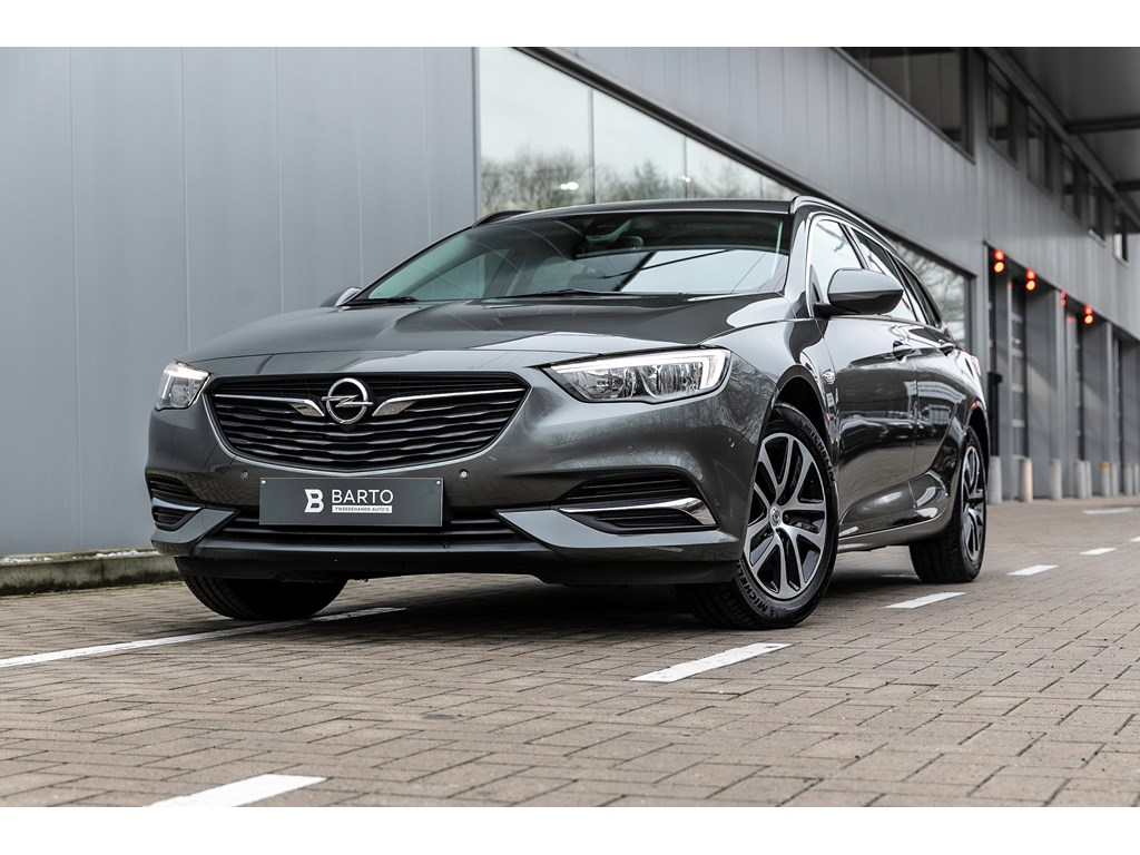 Tweedehands te koop: Opel Insignia Grijs - 15b 165pk - Camera - Dodehoek - Navi - Parkeersens -