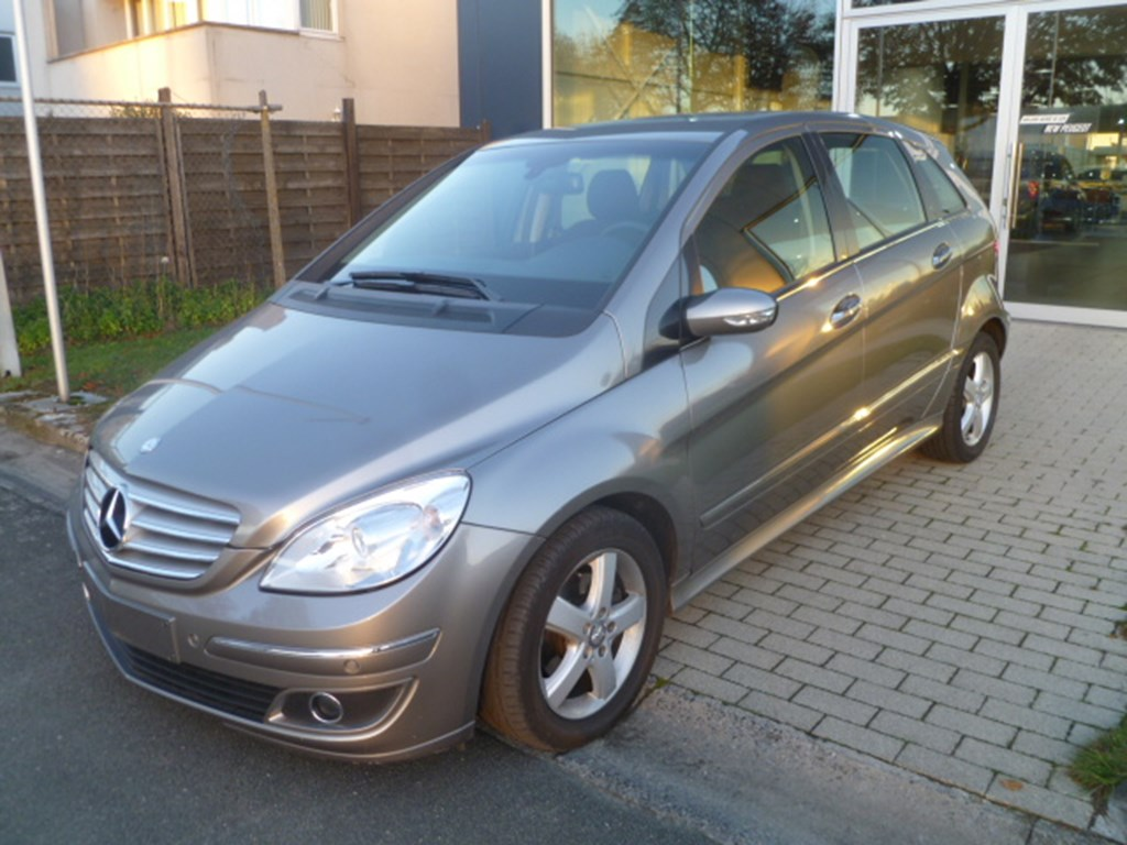 Mercedes-Benz B 180 4/5 Deurs