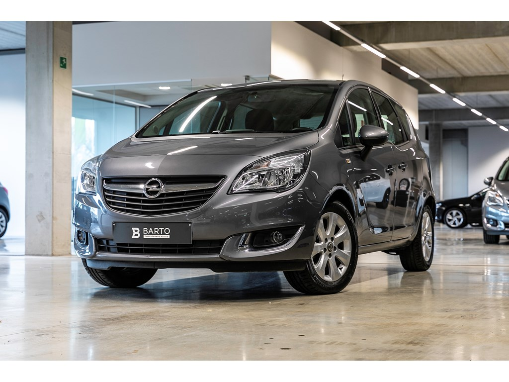 Opel-Meriva-Grijs-14b-100pk-Navigatie-Parkeersens-achter-Cruisectrl-WEINIG-KMS