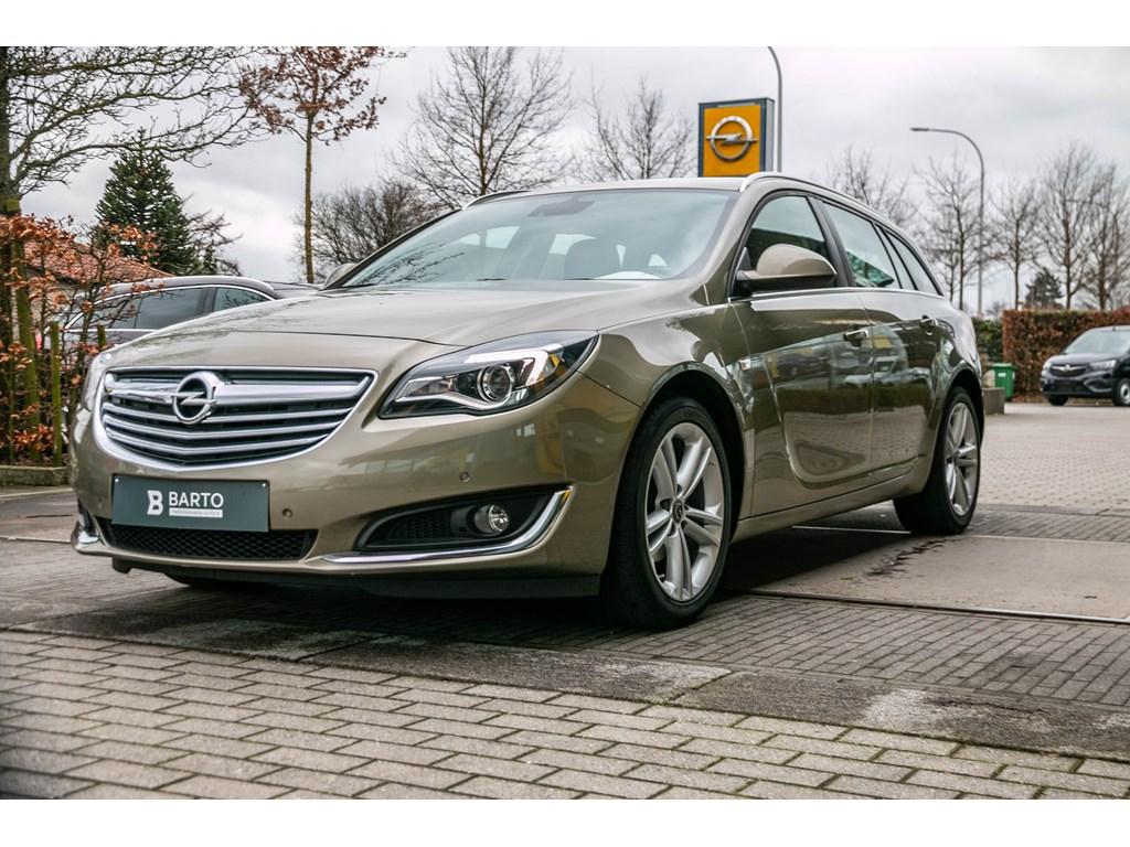 Tweedehands te koop: Opel Insignia Groen - 20d 120pk - Navi - Trekhaak - Airco - Bluetooth -