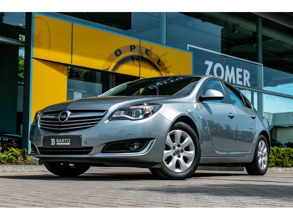 Tweedehands te koop: Opel Insignia Grijs - 20dieselEdition4deursNaviParkeersens