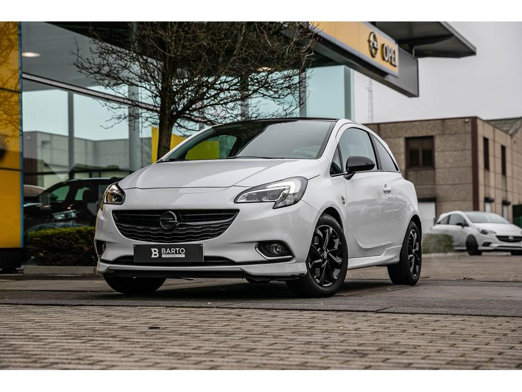 Tweedehands te koop: Opel Corsa Wit - 10b 90pk - OPCline - Black Edition - Auto airco - Parkeersens -