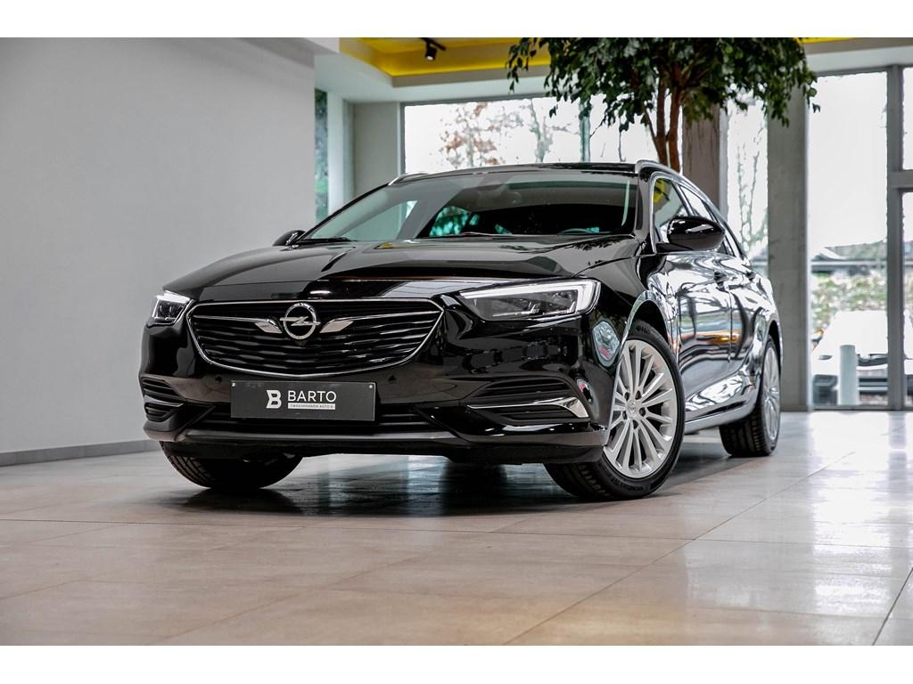 Tweedehands te koop: Opel Insignia Zwart - 15b 165pk - LED Matrix - Verwarmde zetelsstuur - Parkeersens -