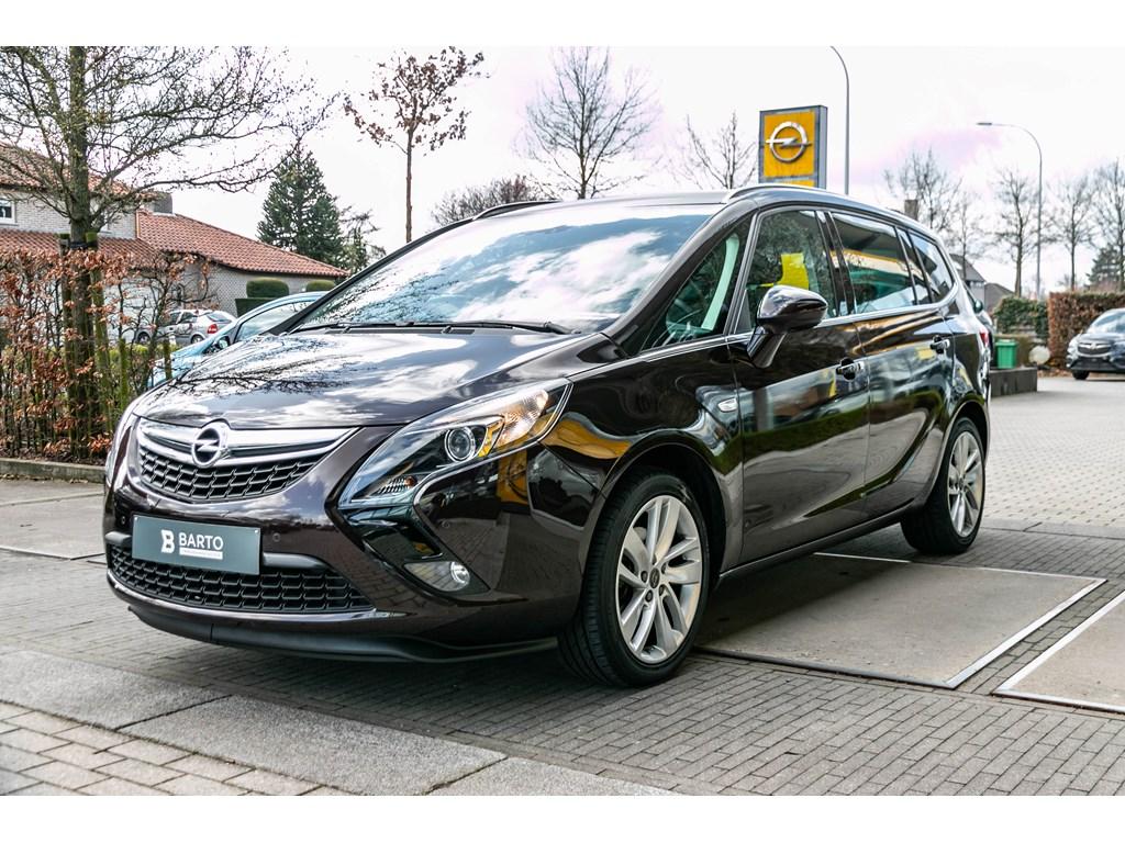Tweedehands te koop: Opel Zafira Tourer Bruin - 14b 120pk - 5 plaatsen - Navi - Parkeersens - Trekhaak -