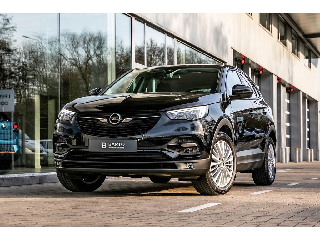 Tweedehands te koop: Opel Grandland X Zwart - 12B 130pk - AUTOMAAT - OFFlane - Navi - Parkeersensoren -