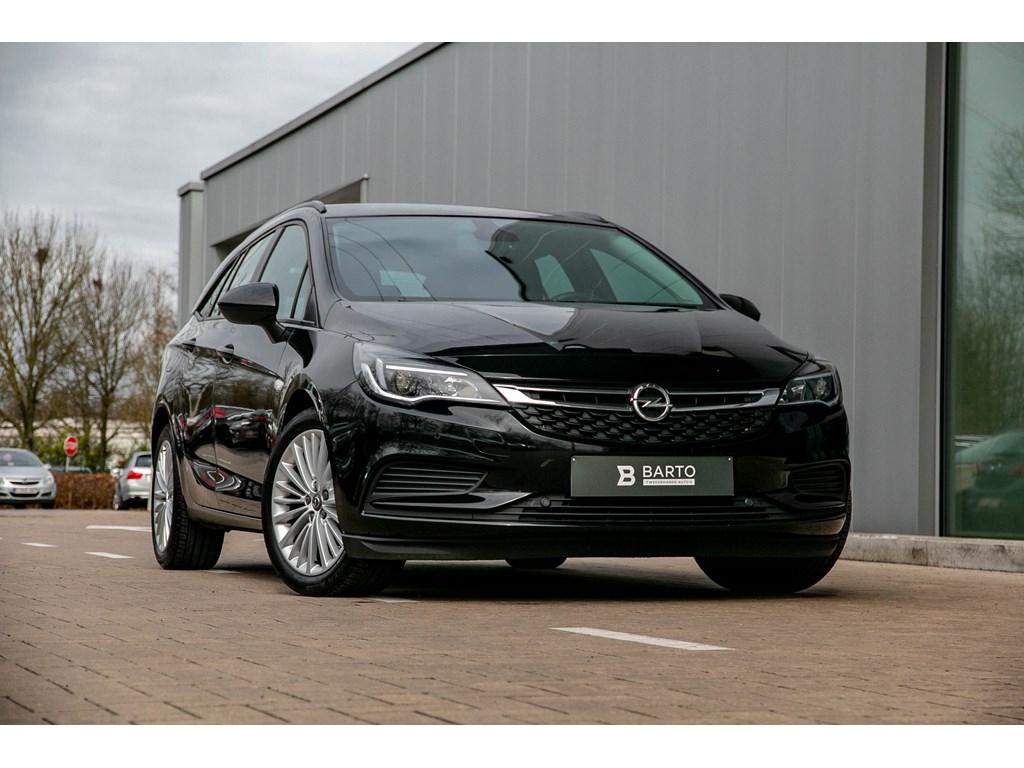Tweedehands te koop: Opel Astra Zwart - Sports Tourer 16 CDTI Break - Navigatie - Parksens - Alu velgen - BTW wagen