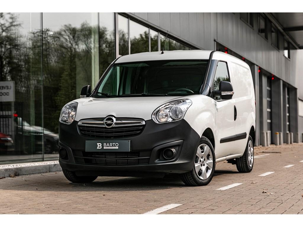 Tweedehands te koop: Opel Combo Wit - 16d 105pk - L1H1 - Airco - Bluetooth - USB - Veiligheidssloten -