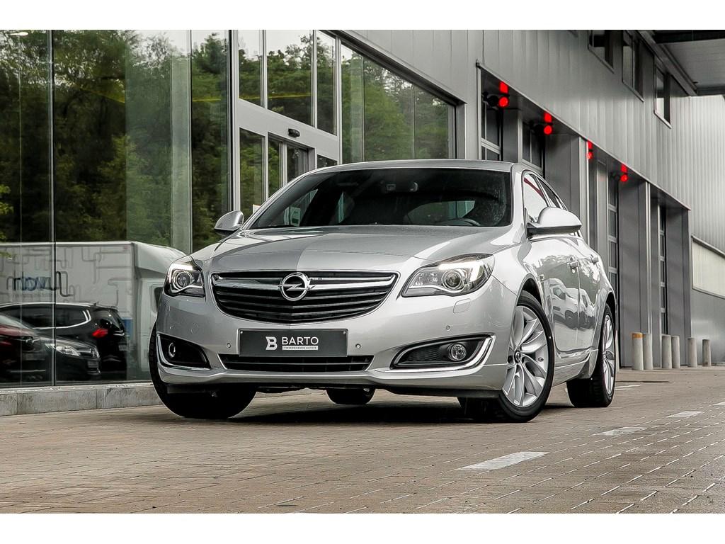 Tweedehands te koop: Opel Insignia Zilver - 16T Benz Recaro OPC line Xenon