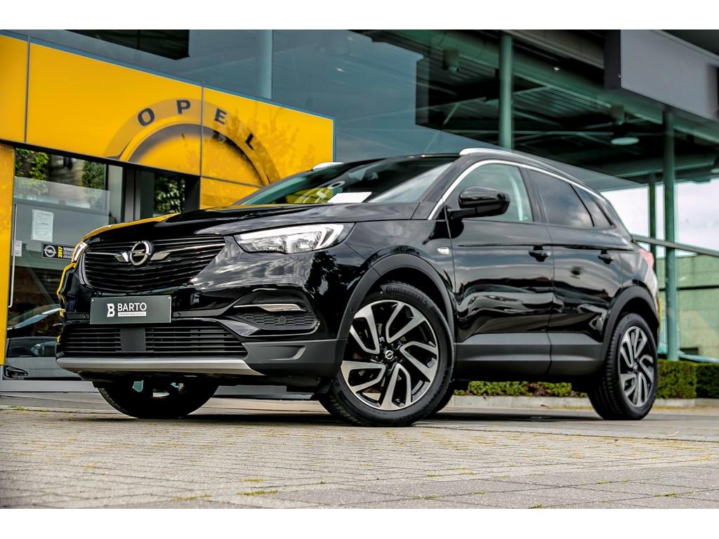 Tweedehands te koop: Opel Grandland X Zwart - 130 PK Benz Innov 19 donkere ramen Navi