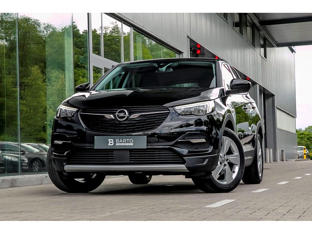 Tweedehands te koop: Opel Grandland X Zwart - Benz 130PK InnovAllroad PackDodehoekElectr koffer