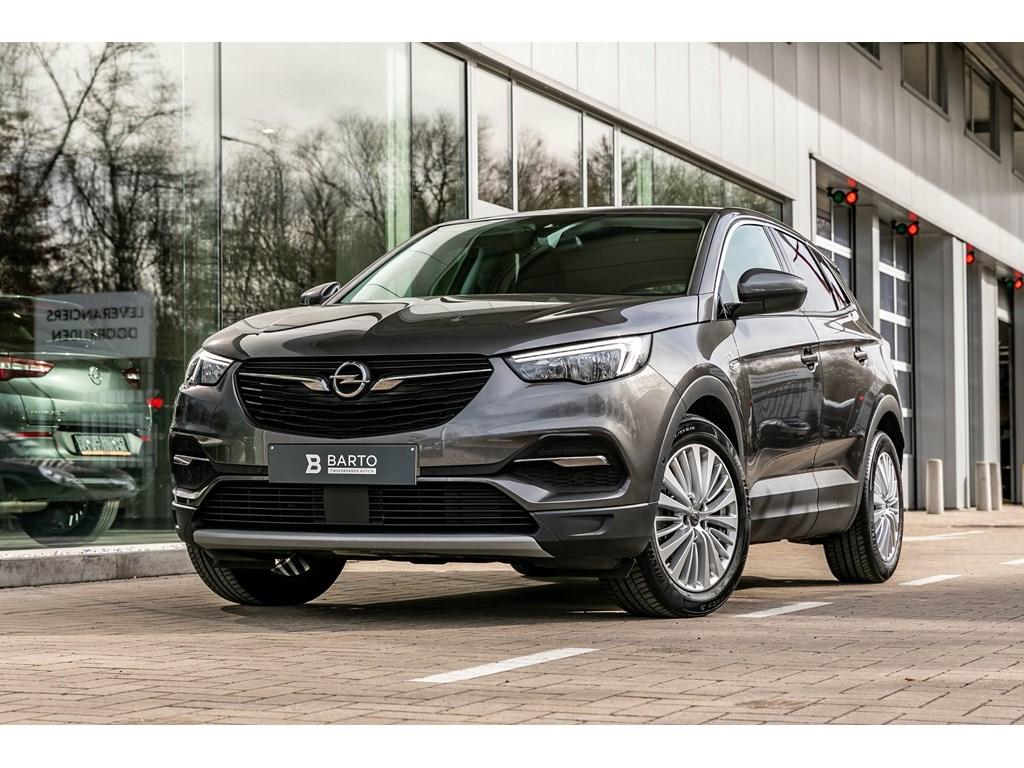 Opel-Grandland-X-Grijs-Benz-130PK-Innovation-Navi-Alu-velgen