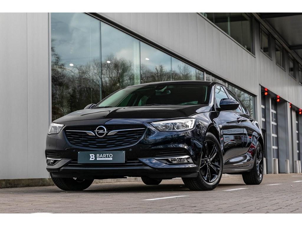 Opel Insignia Blauw Benz Navi Alu Velgen Park Sens