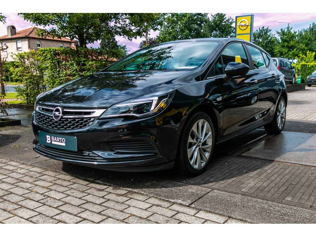 Tweedehands te koop: Opel Astra Zwart - 5-Deurs 10 Turbo - Edition- Park Pilot - Airco - Bluetooth -