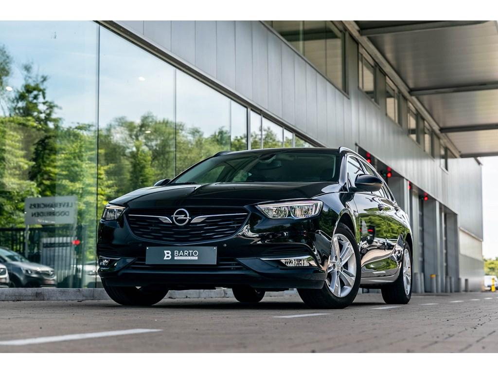Tweedehands te koop: Opel Insignia Zwart - Break 15T Benz Navi Alu velgen Sensoren V A