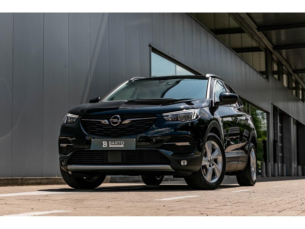 Tweedehands te koop: Opel Grandland X Zwart - 16CDTI AUTOMDynamicErgo zetels