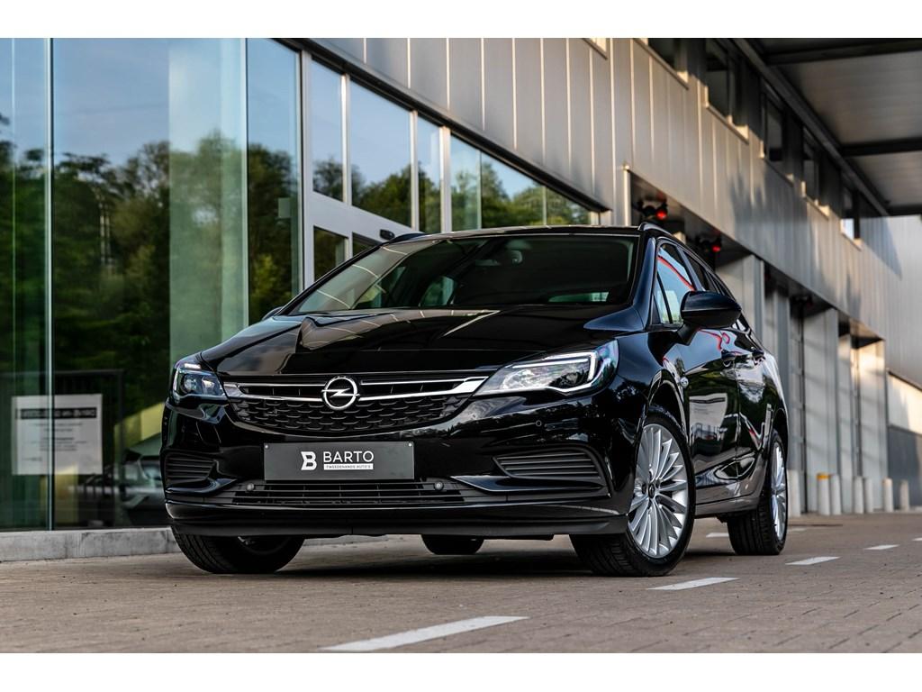 Tweedehands te koop: Opel Astra Zwart - Sports Tourer Break Edition 16 CDTI AUTOMAAT Navigatie Parkeersens