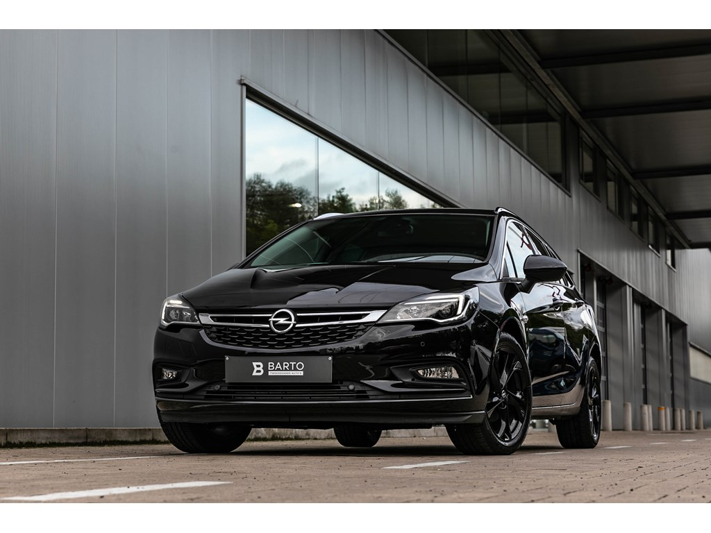 Tweedehands te koop: Opel Astra Zwart - 14T 150pkNaviInnovCameraVerwarmde ZetelsStuurwiel