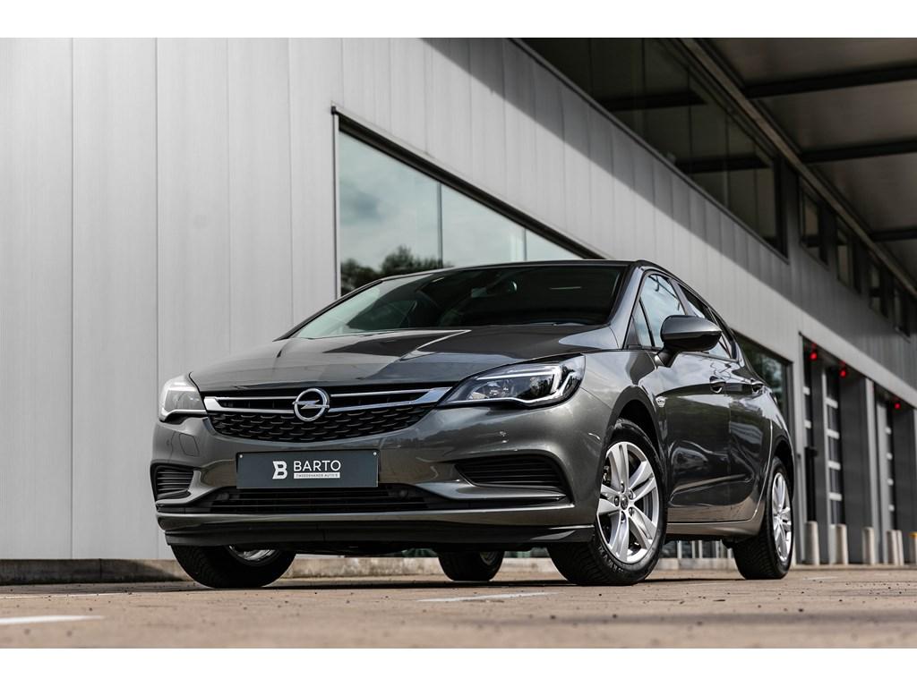 Opel-Astra-Grijs-5-Deurs-Edtion-Benz-105PK-Navigatie-Parkeersens-Alu-velgen-
