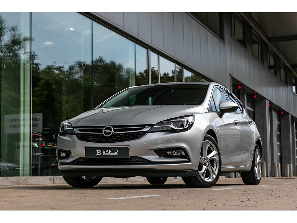 Tweedehands te koop: Opel Astra Zilver - Benz 105pkAutomInnovationLederLEDMatrix