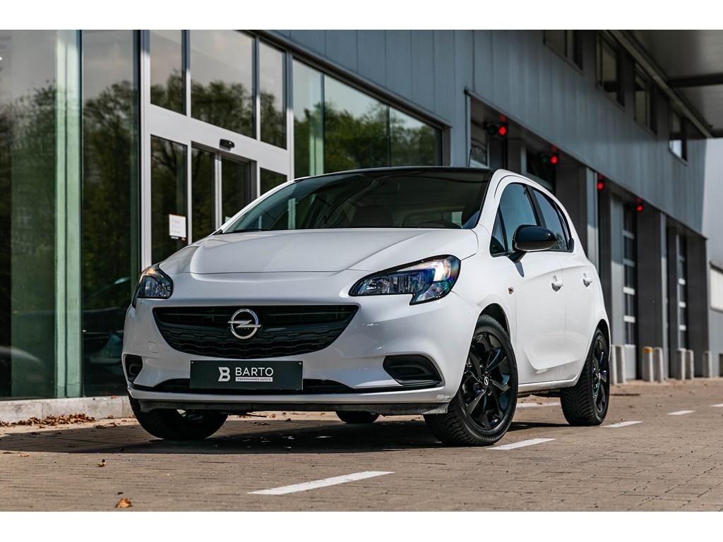 Tweedehands te koop: Opel Corsa Wit - 5-Deurs 10Turbo 90pk - Black Edit - Navi - Airco - Sportzetels