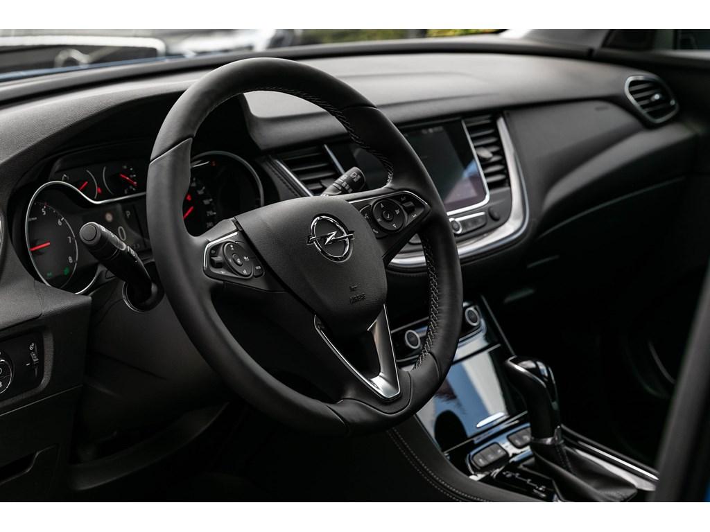 Opel-Grandland-X-Wit-16T-Autom-180pkLED360CameraVerwZetels