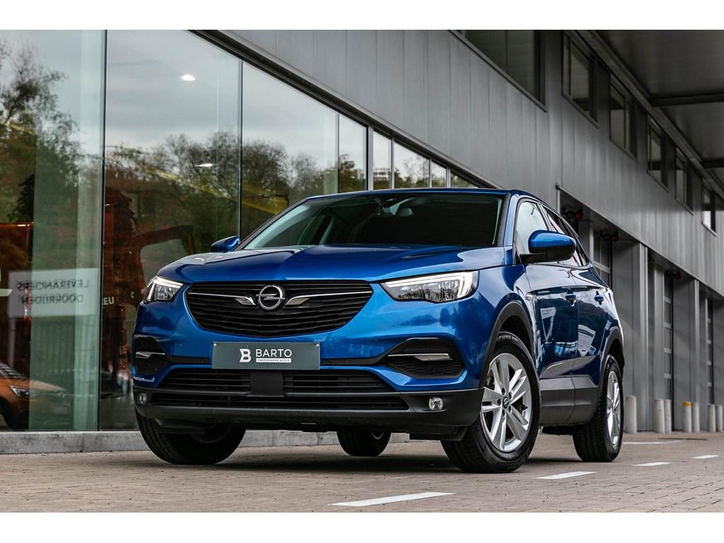 Tweedehands te koop: Opel Grandland X Blauw - Benz 130PK Navi donkere ramen 2 zone airco Parkeers VA