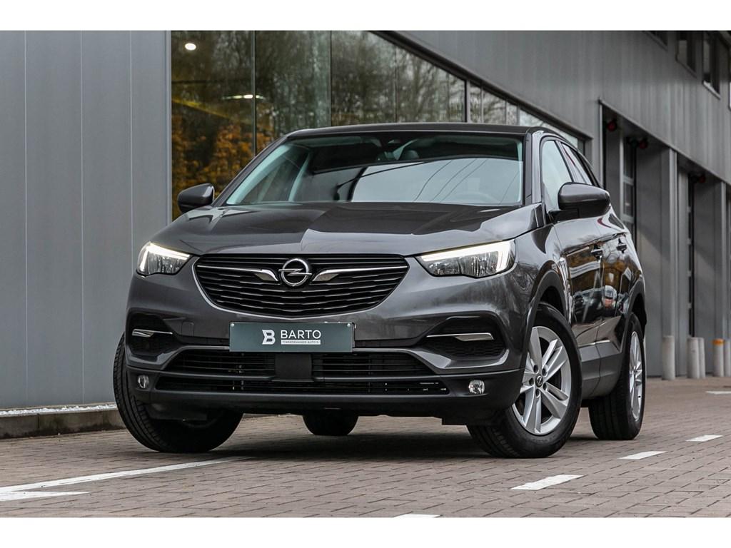 Tweedehands te koop: Opel Grandland X Grijs - Benz 130PK Navi donkere ramen 2 zone airco Parkeers VA