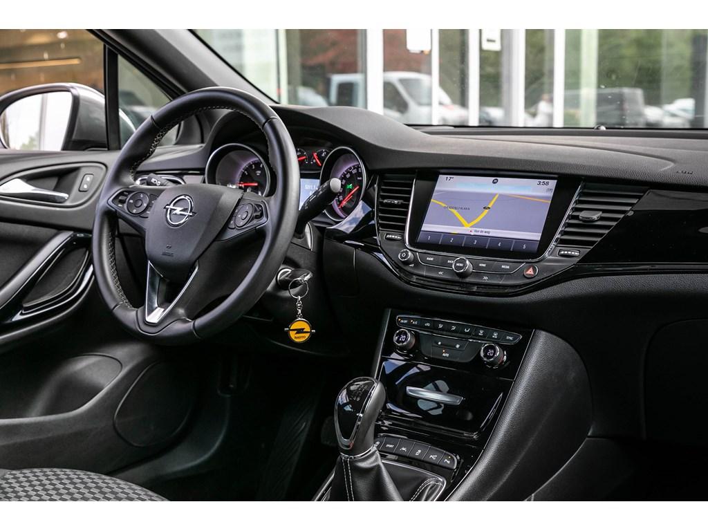 Tweedehands te koop: Opel Astra Zilver - 14TurboDynamicCameraDodehoeksensParkeersensOfflane