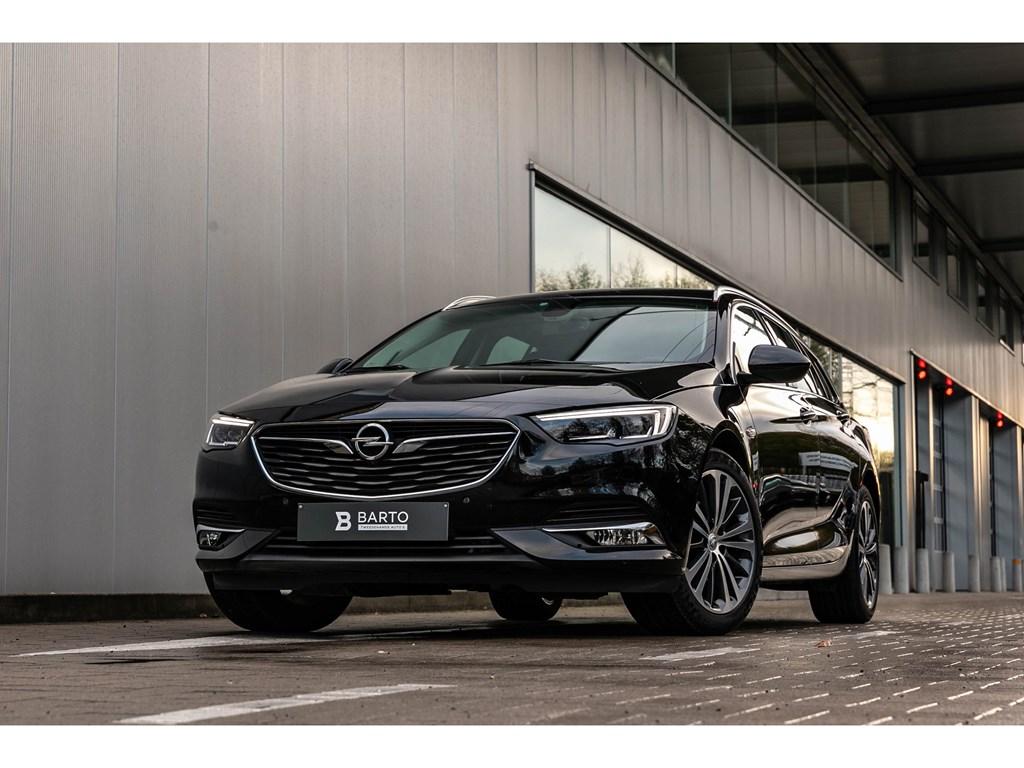 Tweedehands te koop: Opel Insignia Zwart - 15benzInnovation360cameraMassageDodehoekAutoParkeerhulp