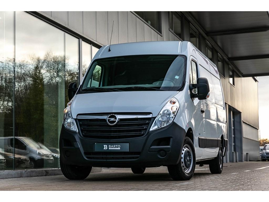 Tweedehands te koop: Opel Movano Wit - 23 125pk - L2H2 - Airco - Eigen gebruik van garage