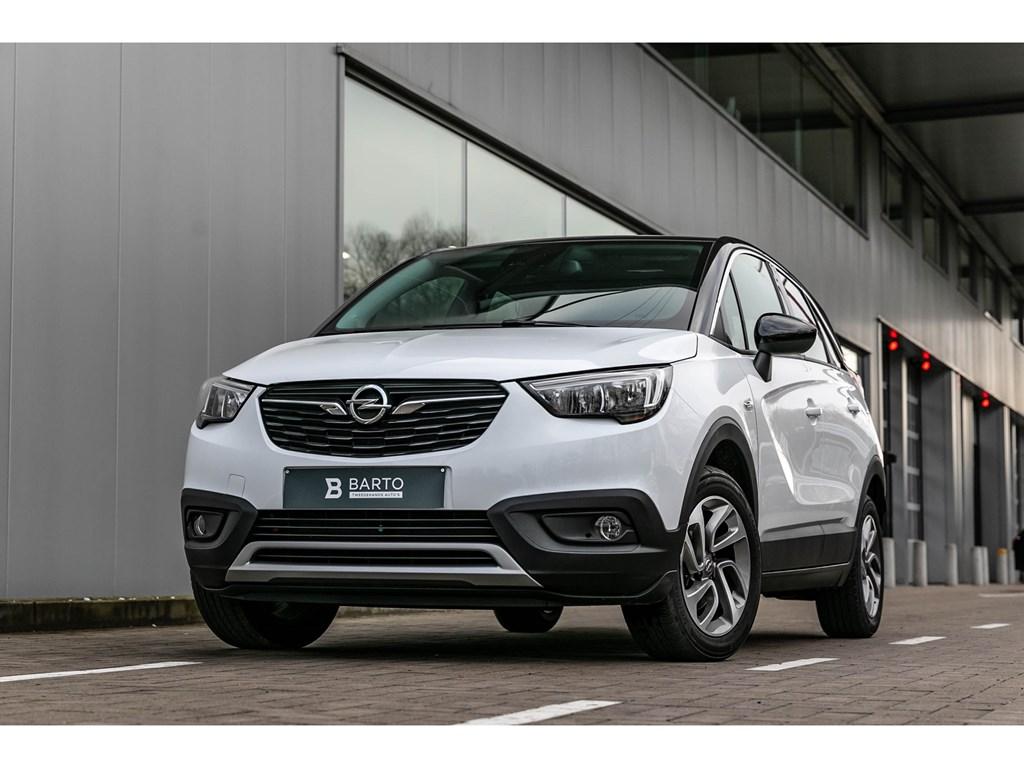 Tweedehands te koop: Opel Crossland X Wit - 12T 110pkDesing LineNaviZwart daksensoren