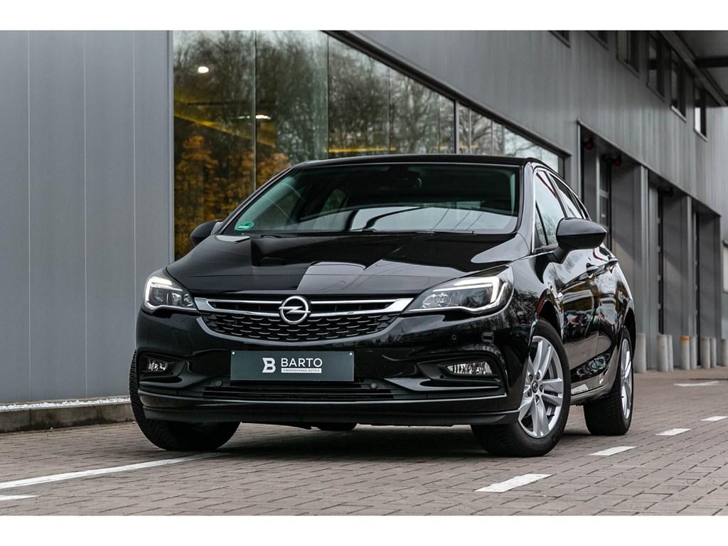 Tweedehands te koop: Opel Astra Zwart - 14T 150PK Autom Innov Navi alu velgen