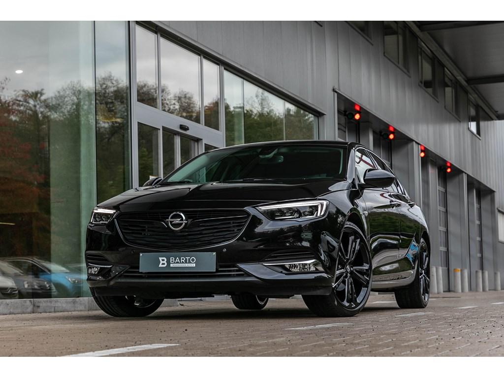 Tweedehands te koop: Opel Insignia Zwart - 20Turbo 260pk FULL BLACKInnovatLederLEDMatrixZwarte 20 alu velg