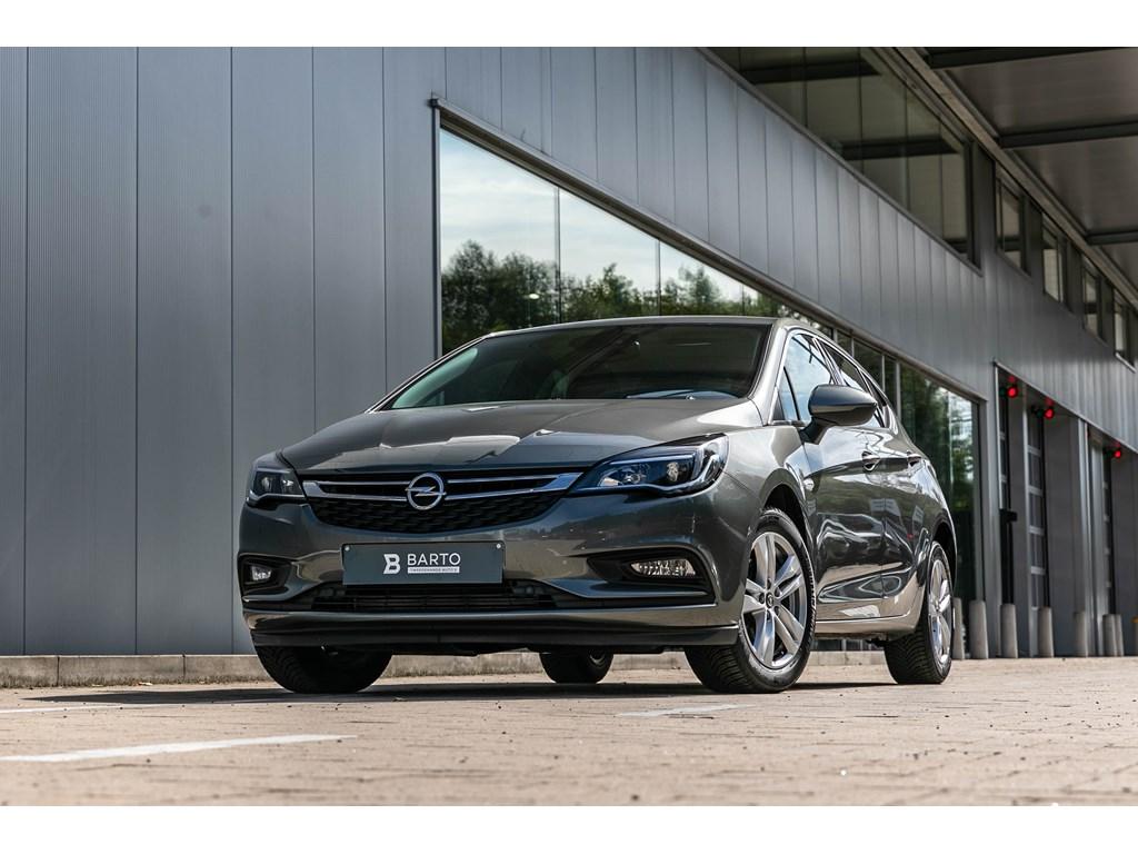 Tweedehands te koop: Opel Astra Grijs - 5 Deurs Innovation 10 Turbo 105pk Navi Parkeersens
