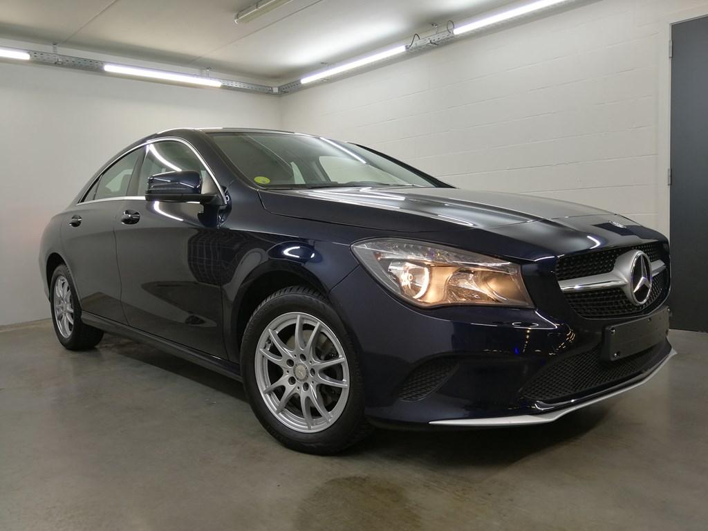 Mercedes-Benz CLA 180 4/5 Deurs