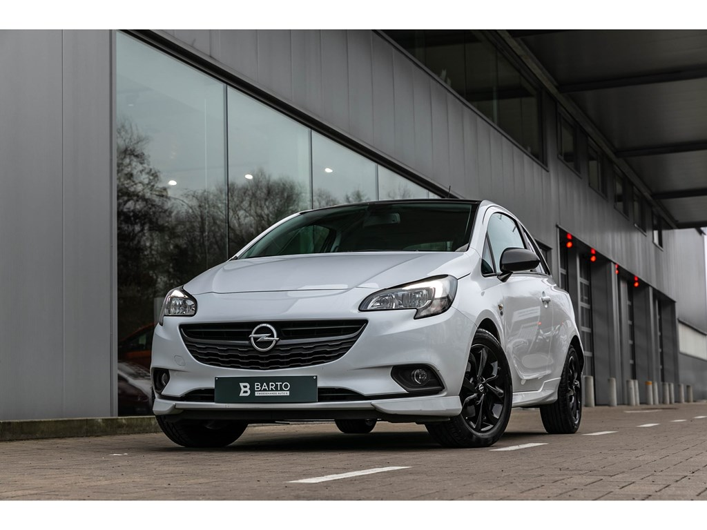 Tweedehands te koop: Opel Corsa Wit - 10 TurboBlack EditionOPClineParkeersensCarbonpack