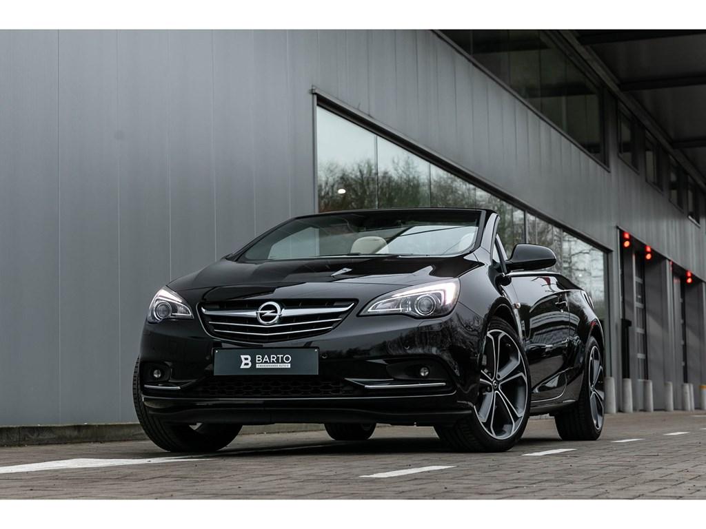 Tweedehands te koop: Opel Cascada Zwart - 16T Benz Leder Bicolor velgen Xenon