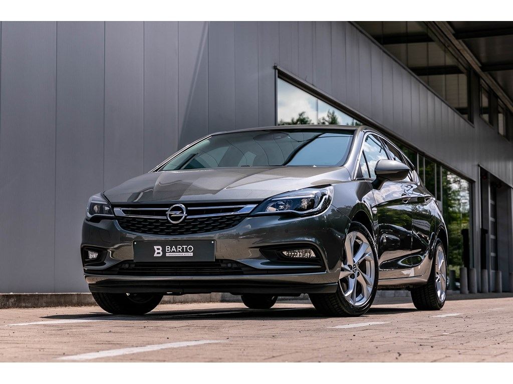 Tweedehands te koop: Opel Astra Grijs - 16CDTI Innovation Navi alu velgen